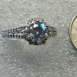 Jewelry - White sapphire center stone, approx 1.75 carats.